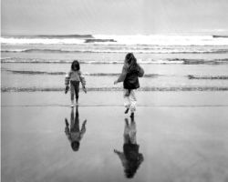 Beach girls sans color by twopointeight