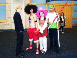 MC07 One Piece by Group-Photos