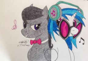 Octavia and Vinyl - Traditional by Electuroo