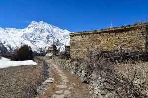 Annapurna Circuit - Day 5 - Arriving in a village by LLukeBE