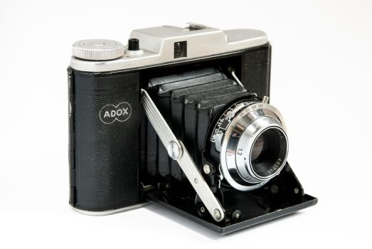 Product Photography - vintage camera by marcootje0147