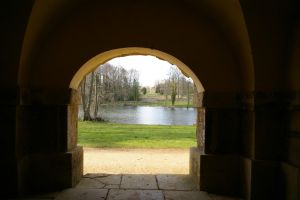 Stowe From Dark into light by Eiande