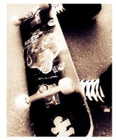 My skate, my shoes by stiFFix-sk