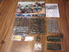 Trumpeter 1/35 JGSDF Type 87  kit Contents by enc86