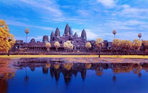 Angkor wat in IR by Petrusloo
