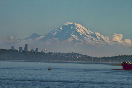 Rainier by youngwhit