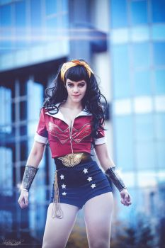 Wonder Woman Bombshell by lucioless