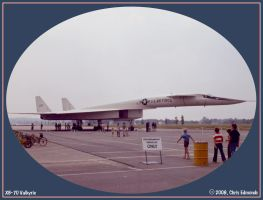 XB-70 Valkyrie by irrational1