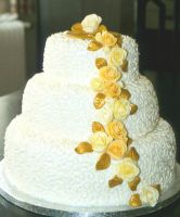 Gold wedding Cake by Thedarkdestroyer