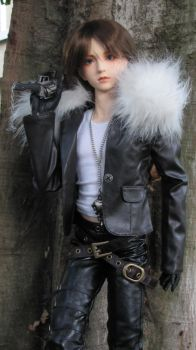 Leon as Squall Leonhart 6 by ShinigamiDuoLover