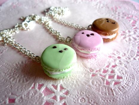 Pastel Macaroon Necklace by Meow-Box