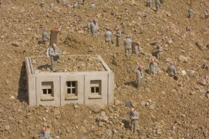 Installation d'Isaac Cordal 03 by Jules171