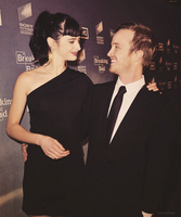 Aaron Paul and Krysten Ritter by Linds37