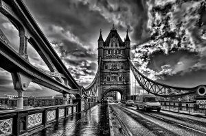 tower bridge by roa006