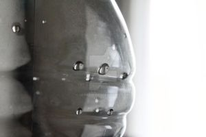 Water droplets on plastic bottle picture by hhh316