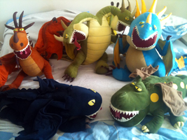 Dragon Pillowtime Plushies by Cheri-Bomb