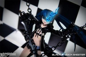 Black Rock Shooter - Defiance by nutcase23