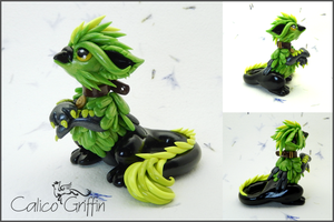 Asumi the griffin - polymer clay by CalicoGriffin