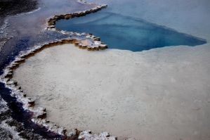 Yellowstone Pool by hextakeshold