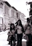 Young and old in Vigan by lunadementare