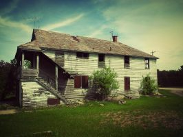 The Home that Used to Be by XxLonerEyesxX