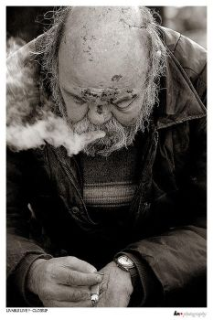 livable life - closeup by l0Rd-n1k0n