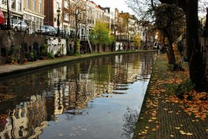 Utrecht autumnal reflections by Esperimenti