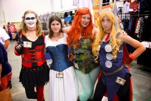 Harley Quinn, Steampunk, Poison Ivy, and Thor by GrumpyCosplay