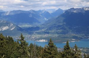 Lake Annecy from Semnoz Mountain by oxalysa