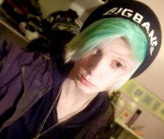 Dyed my hair ombre teal by TrivialJohn