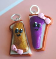 PB and J Toast Slice Charms by ClayConnections