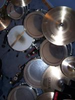 Drums by domdiluzio