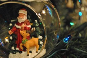 Santa Bauble by MaePhotography2010