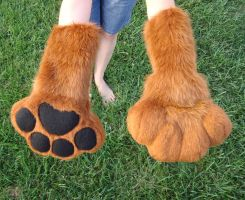 Short rust puffy paws by Nevask