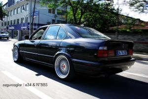 "E34 on 19""BBS by rugzoo"