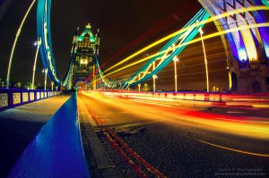 Tower Bridge by oO-Rein-Oo
