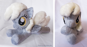 Derpy inspired laying plush by mmmgaleryjka