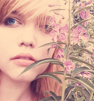 THIS IS MY FACE AND SOME WEEDS by Fukairi