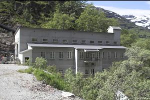 Hydroelectric power plant by enframed