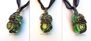 Green steampunk pendant by ukapala
