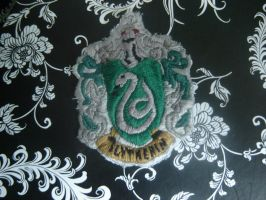 Slytherin Crest Embroidery by Megumi-Selwyn