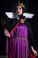 Evil Witch From Snow White and the Seven Dwarfs by Kngpinga