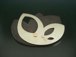 brooch by tenshi-no-pocky
