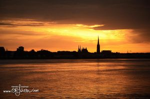 Sunset on Bordeaux by kil1k