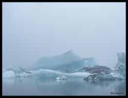 Icebergs by andrearossi