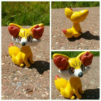 Fennekin 2 for Sale by Sara121089