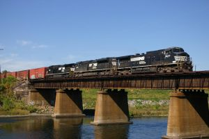 NS at Allentown by uglygosling