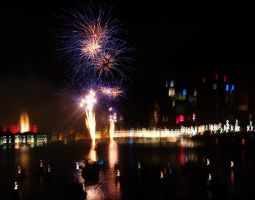 Fireworks over the City - Brisbane I by Squiddgee7734