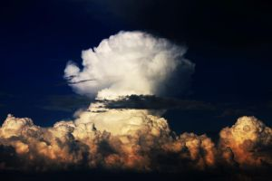 The mushroom cloud by iNeedChemicalX