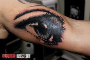 eye tattoo by yayzus
